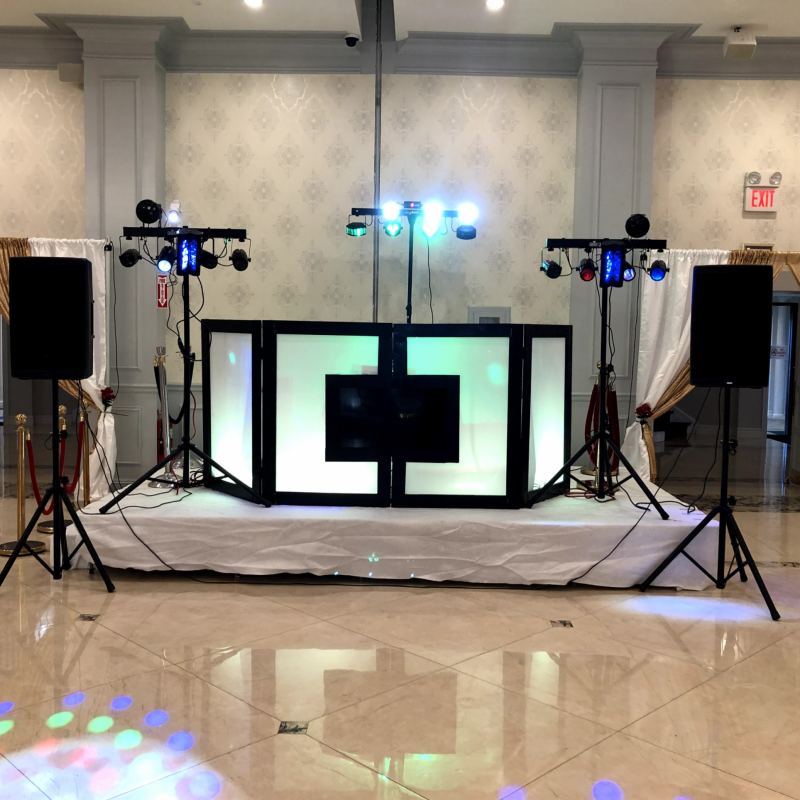 Party Gear DJ whole setup with lighting